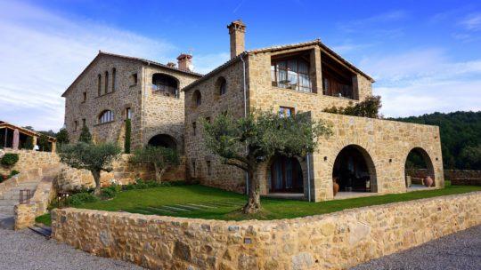 Comment réserver un hôtel ou un gîte au Pays Basque ?